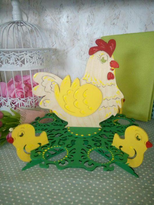 """Подставка для кулича и яиц """"Курочка - наседка"""" (цвет на выбор)"""