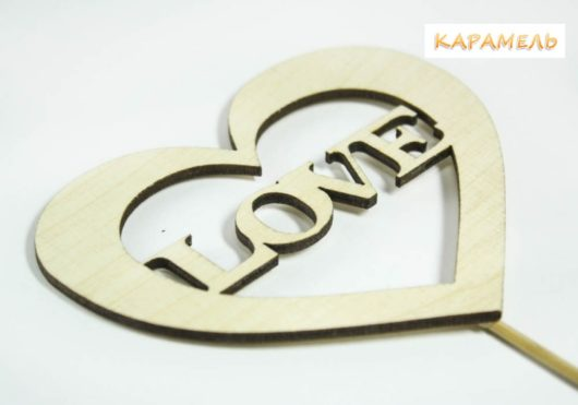 """Топпер """"LOVE в сердце"""""""