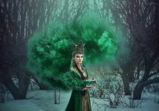 Цветной дым зелёный. Дымовая шашка до 20 сек