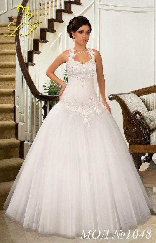 """Платье свадебное """"Принцесса"""" белого цвет 42,44,46 размер с заниженной талией"""