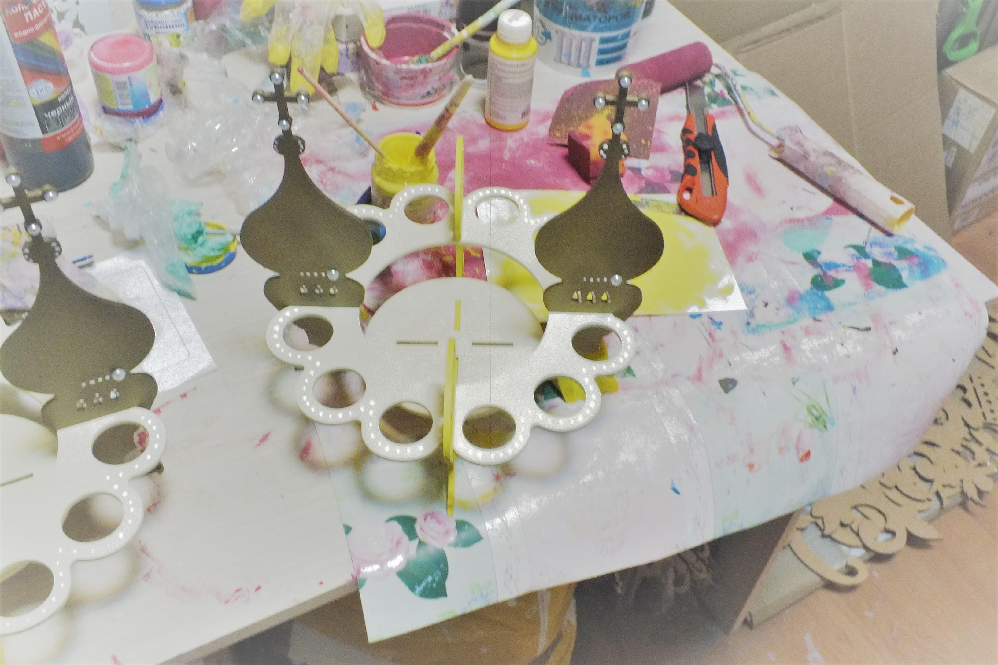 Подставка для кулича и яиц (цвет на выбор)
