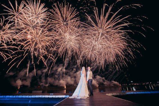 """Свадебный салют 250 залпов """"Потрясающие моменты"""""""