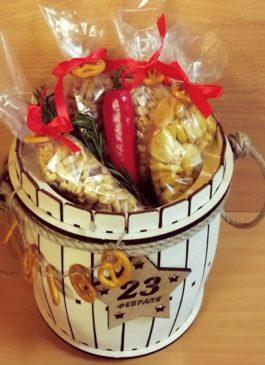 подарок мужчине на 23 февраля, подарок директору начальнику боссу шефу купить екатеринбург, подарок на день рождения, что подарить мужчине, съедобный букет в екб, букет из раков, вареные раки свежие раки раки крабы екатеринбург, свадебные аксессуары, свадебные платья, подарки для свадьбы карамель96, деревянный ящик бочка тележка, вырезка гравировка лазерная резка, топперы топер надписи из фанеры надписи, метрика для ребенка фоторамка азбука, стильные подарки уникальные подарки, подарок на юбилей праздник мероприятие день фирмы, подарок для мужчины подарок для женщины, подарок жене мужу сыну деду бабе маме папе внуку отцу, бабочки галстуки рубашки платья, аренда украшений на свадьбу в екатеринбурге, рушник, фата, галстук, бабочка, букет на свадьбу, цветной дым