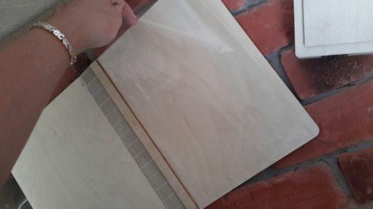 """Папка для свидетельства о браке деревянная """"Суккуленты"""" с именами под заказ."""