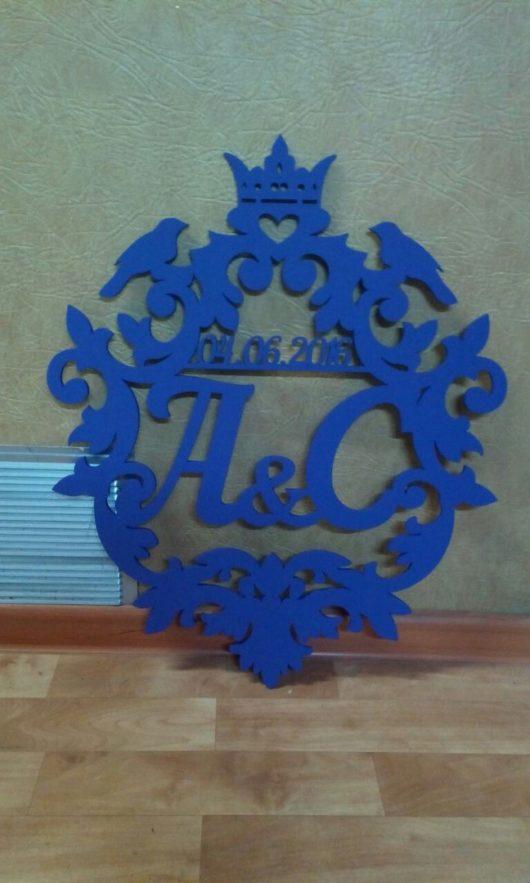 Семейный герб форма №3 большой 65*75 см