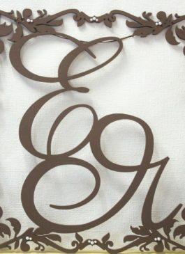 Семейный герб форма №5 большой 59*59 см