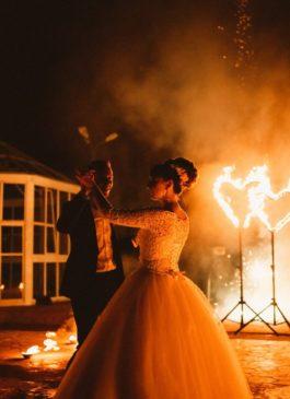 Огненные и пиротехнические свадебные фишки