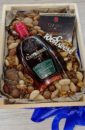 """Ящик 30*25 см с разнообразием орехов, 97% шоколадом и 7летним коньяком """"Юбилейный  вечер"""""""