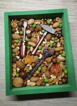 """Набор №1 из бельгийского шоколада """"Танк+ граната"""""""
